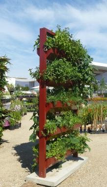 vertikaler Gemüsegarten, vertikal garten
